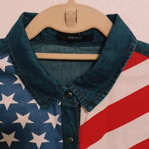 FOREVER21 American Flag Chambray Button Up